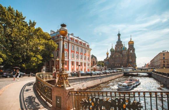 Moskau und St. Petersburg